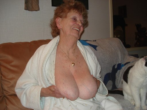 You Want To Own The First Voyeur Place In Redhead Granny Cam?