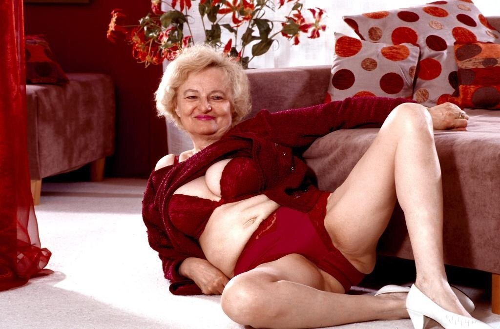 Get Your Boners Watching The Best Granny Cams Online!
